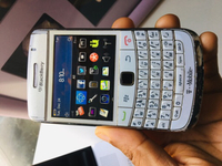 Used BLACKBERRY BOLD White in Dubai, UAE