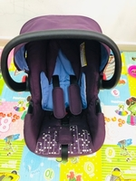 Used Good baby infant car seat very gud  in Dubai, UAE