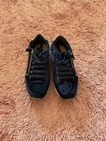 Blue sneakers from stradivarious