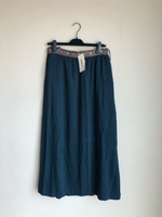 Used LCWAIKIKI skirt size 40 new with tag in Dubai, UAE