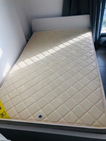 Used Spring matress 150x200 & 120x200 in Dubai, UAE