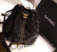 Used Unwanted gift chanel bag pure leather in Dubai, UAE