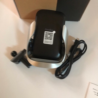 Used Car vent mount wireless charger  in Dubai, UAE