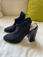 Used Black High Heels in Dubai, UAE