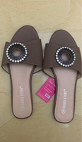 Used Women sandals in Dubai, UAE
