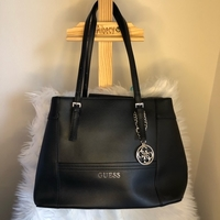Used Brand New GUESS Tote Bag in Dubai, UAE