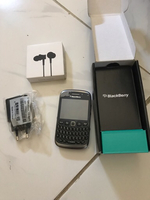 Used Blackberry w/ xiaomi earphone new in Dubai, UAE