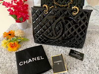 Used Chanel Black Patent Grand Tote GST  in Dubai, UAE
