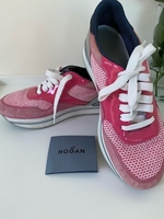Used HOGAN woman sneaker size 40 in Dubai, UAE