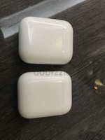 Used Airpods 1st gen original in Dubai, UAE
