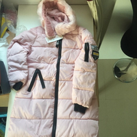 Used New down coat 🧥 and parkas (pink) in Dubai, UAE