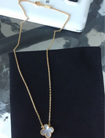 Used Necklace 10 k new in Dubai, UAE