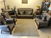 Used AMAZING DEAL! Sofa set(PRICE NEGOTIABLE) in Dubai, UAE