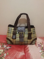 Used AUTHENTIC BURBERRY HANDBAG.. in Dubai, UAE