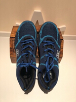 Blue safety sneakers size 44