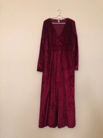 Used Ladies Red Dress XXL  in Dubai, UAE