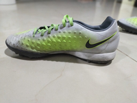 Used Nike football shoes in Dubai, UAE
