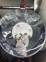 Used 30cm fry pan nonstick w/glass cover.new✨ in Dubai, UAE