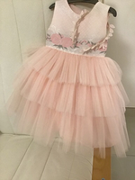 Used Girl dress new amazing material pink in Dubai, UAE