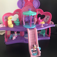 Minnie Mouse Boutique Playhouse