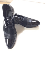 Men's lace-up dress shoes (43) NEW