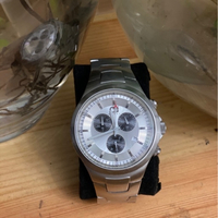 Used Pre-loved Guess watch in Dubai, UAE