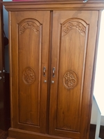Used Brown cuboard/wardrobe in Dubai, UAE