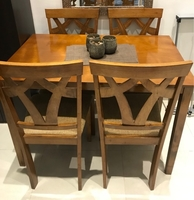 Used Dining Set almost new  in Dubai, UAE