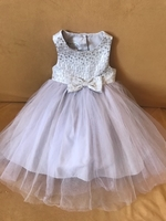 Used Baby girl dress age 12 to 18months in Dubai, UAE