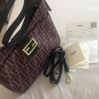 Used Brand new Fendi Hand bag in Dubai, UAE