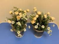 Used Artificial flower for home decoration  in Dubai, UAE