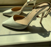 Used Satin white heels used once size 39  in Dubai, UAE