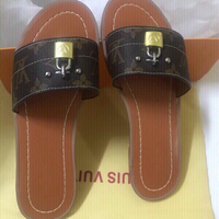 Louis Vuitton slippers size 37