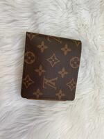 Used Louis Vuitton wallet With Box in Dubai, UAE