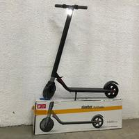Used ES1 9 Bot Origanal electric scooter in Dubai, UAE