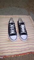Used Converse shoes size 42 new in Dubai, UAE