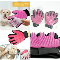 Used Gentle Pets Gloves and Glasses new in Dubai, UAE