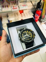 Used Sports watch water resistant with box in Dubai, UAE