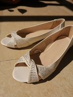 Used Red tag White flats with pearls in Dubai, UAE