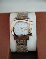 Used Ladies Watch copy in Dubai, UAE