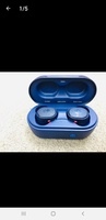 Used Skullcandy powerful brand new Earbuds in Dubai, UAE