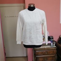 Used RnB winter white top in Dubai, UAE