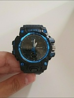 Used Kids watch and Outdoor Slim Pouch in Dubai, UAE