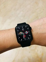 Used Series 6 smart watch waterproof in Dubai, UAE