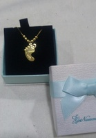 Used Mahra pendant necklace brand new in Dubai, UAE