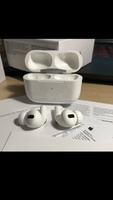 Used BEST GEN AIRPODS PRO WHITE✅✅ in Dubai, UAE