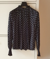 Used Blouse with puff sleeves in Dubai, UAE