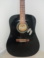 Used Gitar in Dubai, UAE
