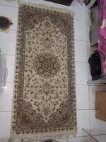 Used Long persian carpet in Dubai, UAE
