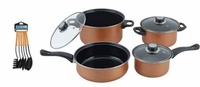 Used 13 pieces nonstick cookware set with kit in Dubai, UAE